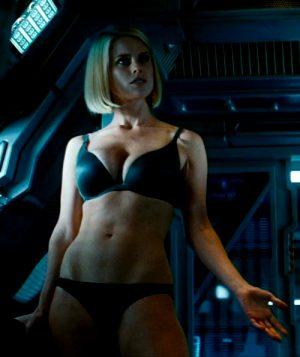 Alice Eve In Star Trek Into Darkness