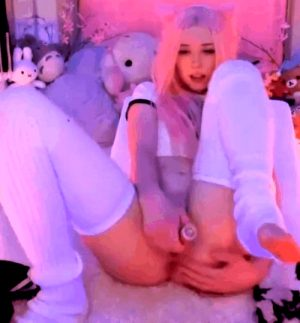 belle delphine lookalike toys cunt and touches asshole